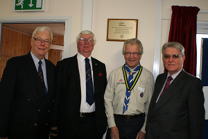 PGM_and_Team_with_Herts_Scouts_President